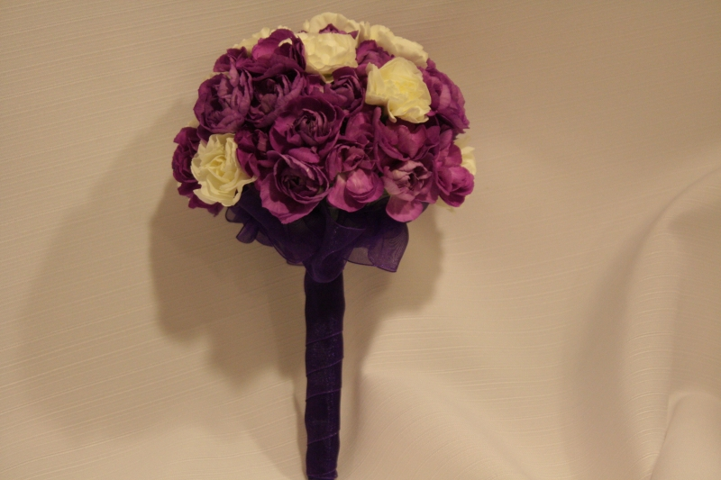TOSS BOUQUET