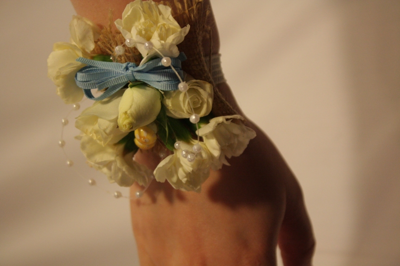 VIEW 2 BURLAP AND PEARLS WRIST CORSAGE