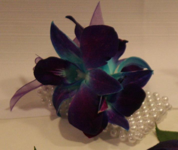 BLUE ORCHID PEARL BRACELET
